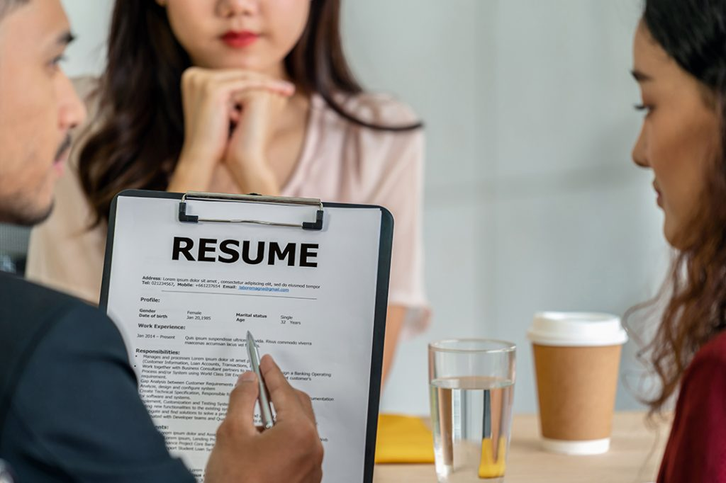 Who Do Your Trust To Judge Your Resume